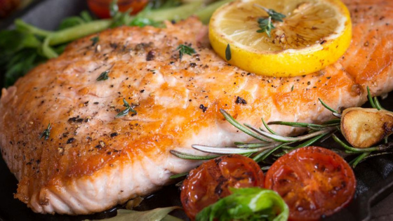 7 Amazing Foods That Make You Look Younger And Beautiful That Will Surprise You