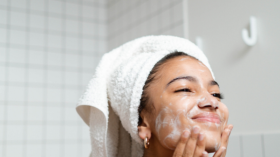 What Are the Best Moisturizers for Acne-Prone Sensitive Skin?